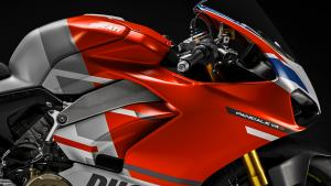 Panigale-V4S-Corse-MY19-07-Gallery-1920x1080