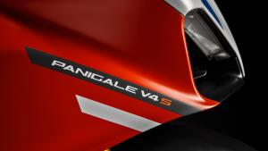 Panigale-V4S-Corse-MY19-09-Gallery-1920x1080