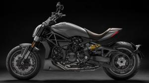 XDiavel-Matt-Liquid-Concrete-Grey-MY19-03-Gallery-1920x1080