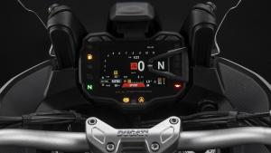 Multistrada-950-S-MY19-Studio-09-Gallery-1920x1080