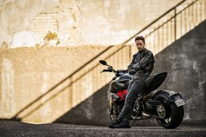 Dovizioso_Diavel 1260 S_02_UC70179_High (1)