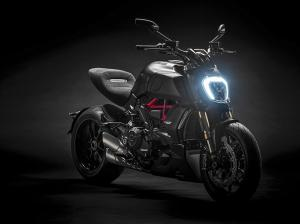 Diavel-1260-S-MY19-06-Gallery-906x510
